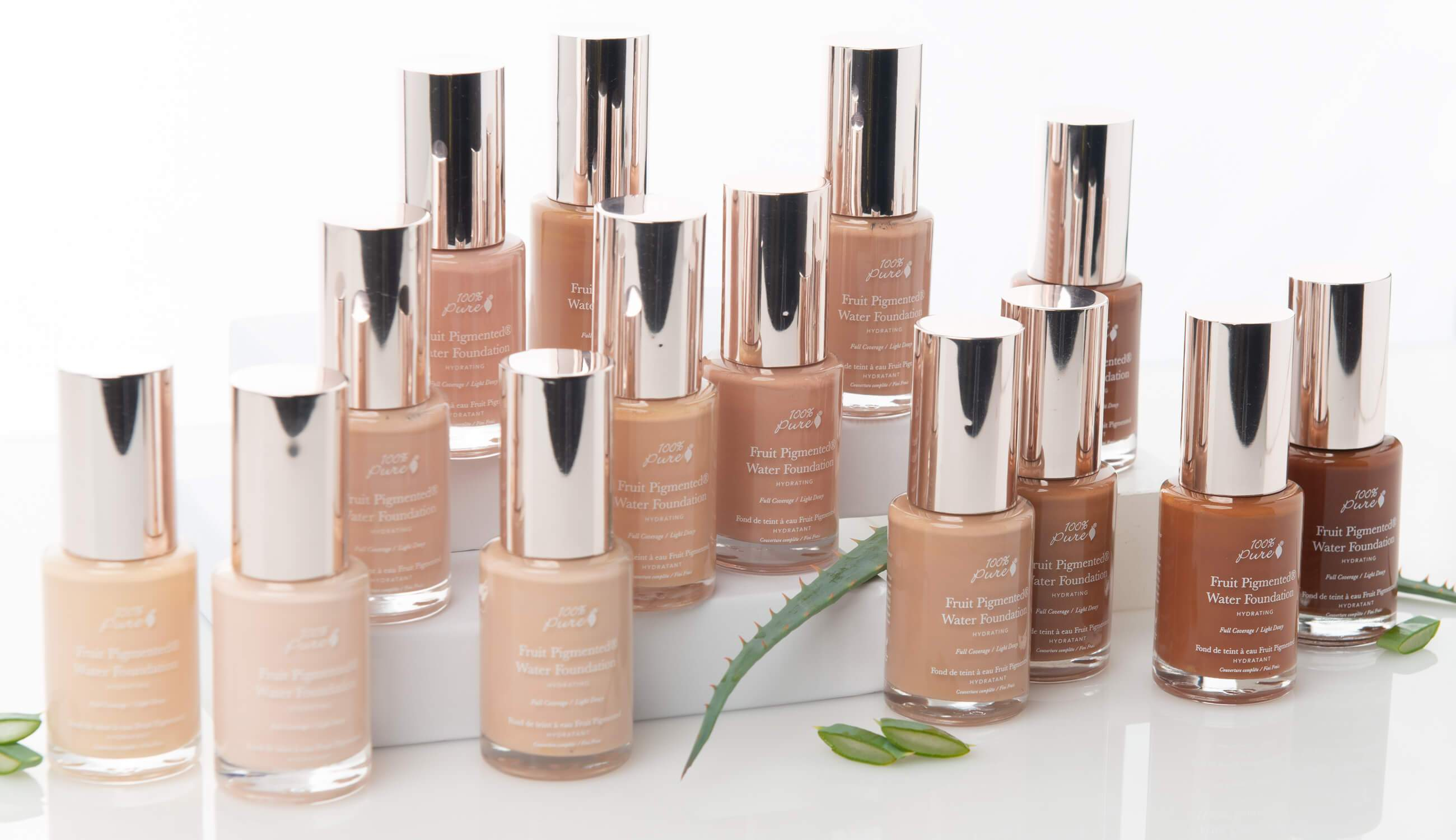 100% Pure Naturkosmetik Foundation / Full Coverage Water Foundation